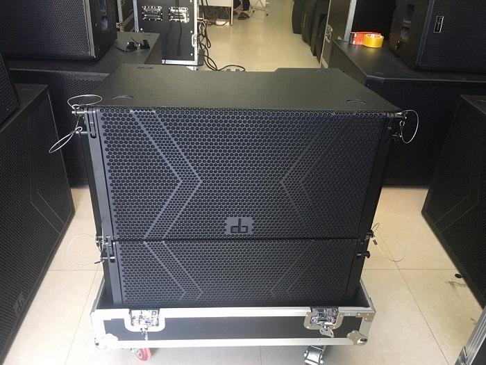 Thực tế Loa array DB LA 210F