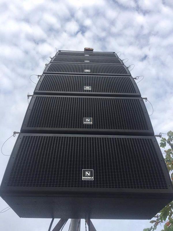Dàn loa array Nanomax sân khấu ngoài trời