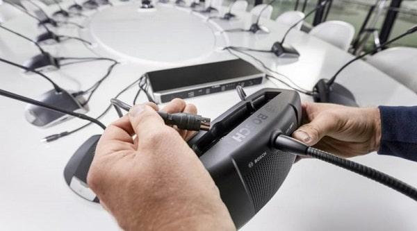 Đấu hệ thống micro với bộ điều khiển trung tâm